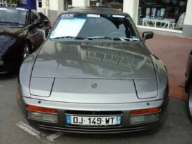 Porsche 944 turbo 220