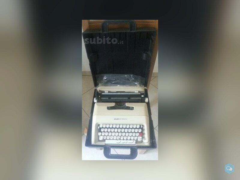 Macchina per scrivere vintage Olivetti Lettera 35 3