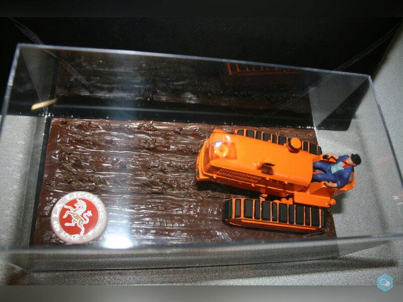 Vends Miniature Tracteur LICORNE 1