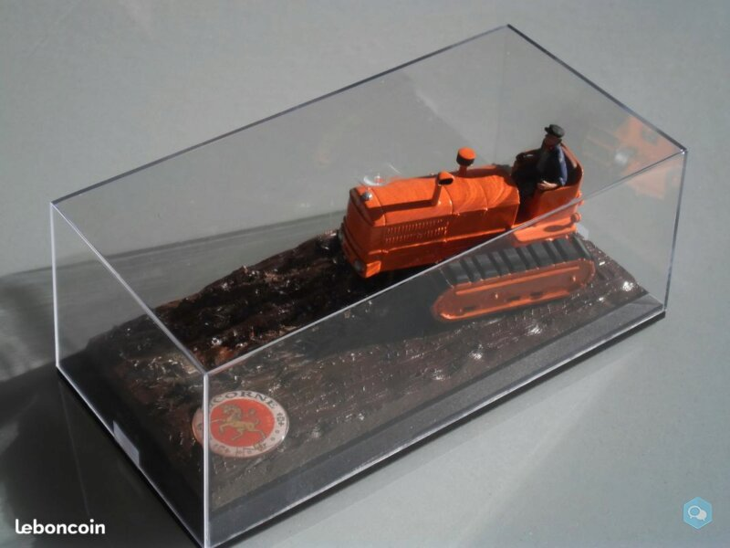 Vends Miniature Tracteur LICORNE 5