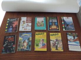 Livres de poche ados / enfants
