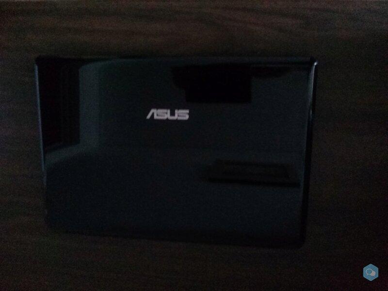 Продаю нетбук Asus Eee 1201 цена 50.000 вон 1