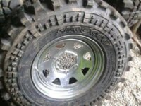 Vends pneus 1