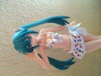 Vendo Figurita de Miku en Traje de abaño 1
