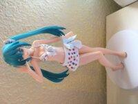 Vendo Figurita de Miku en Traje de abaño 2