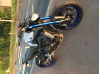 Vends MT09 2016 ABS TCS 4200kms + Akrapovic  2