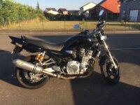 Vends superbe Yamaha XJR1300 noire de Juin 2009 2
