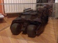Hot Toys Batmobile Tumbler noire à vendre 2