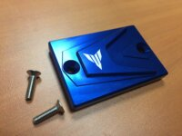 Bocal liquide de frein bleu avec logo MT 1