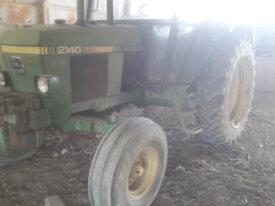 tracteur John Deere 2140