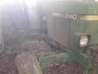 tracteur John Deere 2140 2