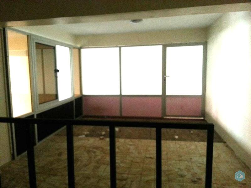 Magasin de 28 m2 à Zoubir Oulfa 1