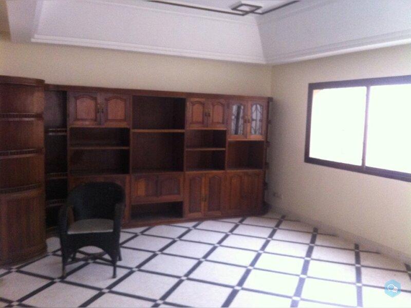 RDC de villa 400 m² à Anfa Sup 3