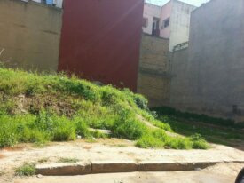 Terrain de 171 m² à Bd Zoubir Oulfa