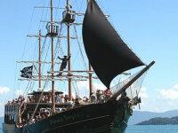 Vende-se navio pirata 5