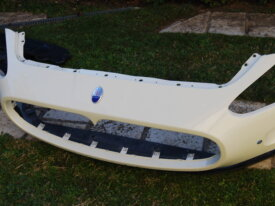 Maserati Granturismo S paraurti bianco