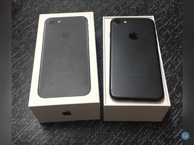 Apple iPhone 7 32GB costo 400 Euro  3