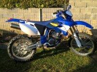 Je cherche kit plastique Yamaha wr250f 2004 1