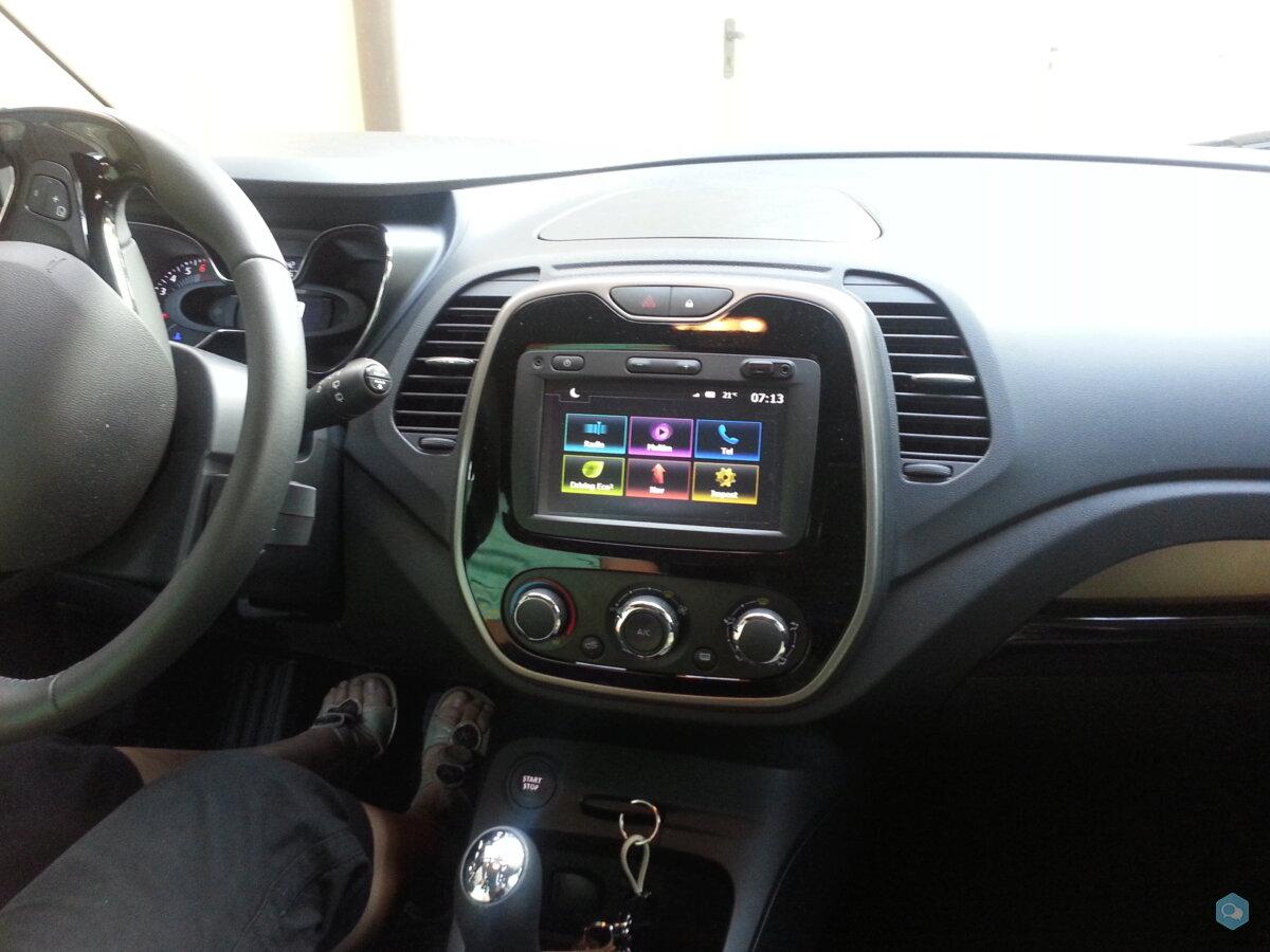 Renault Captur 2017 Aprile 8