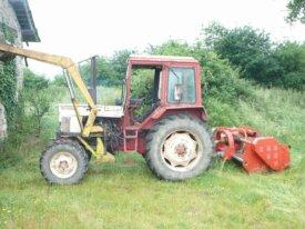 Vends tracteur AVTO