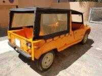 Citroën Mehari Orange avec bâche de toit 3
