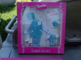 coffrets Barbie fashion avenue à vendre