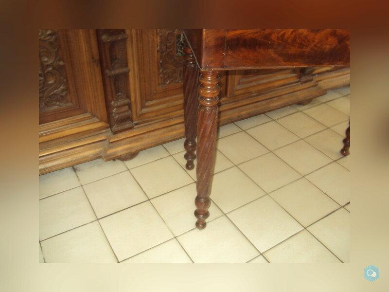 table a jeux en acajou a restaurer 3
