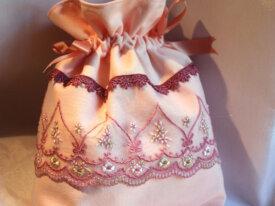 Sac romantique rose fermeture par ruban dentelle t