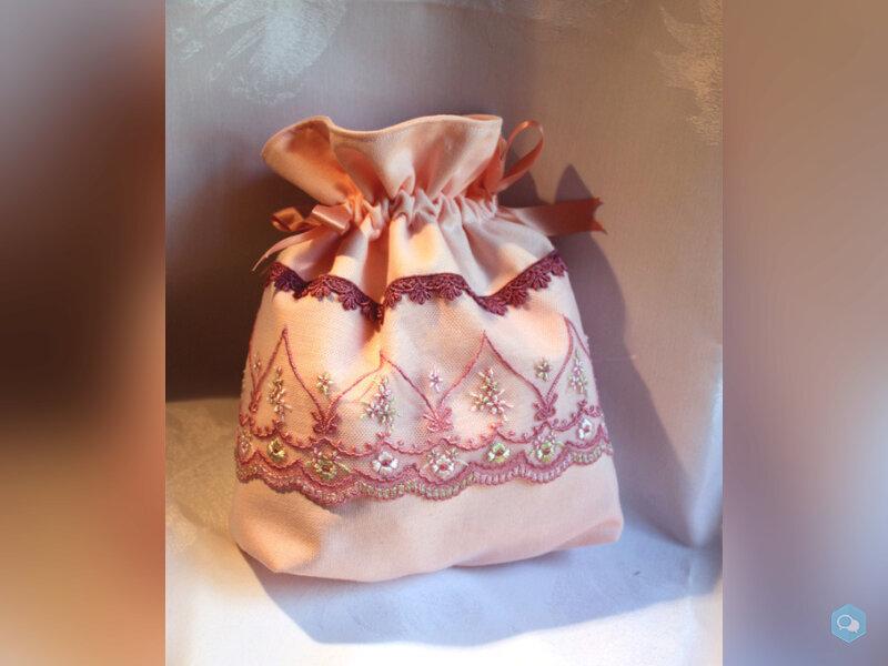 Sac romantique rose fermeture par ruban dentelle t 1