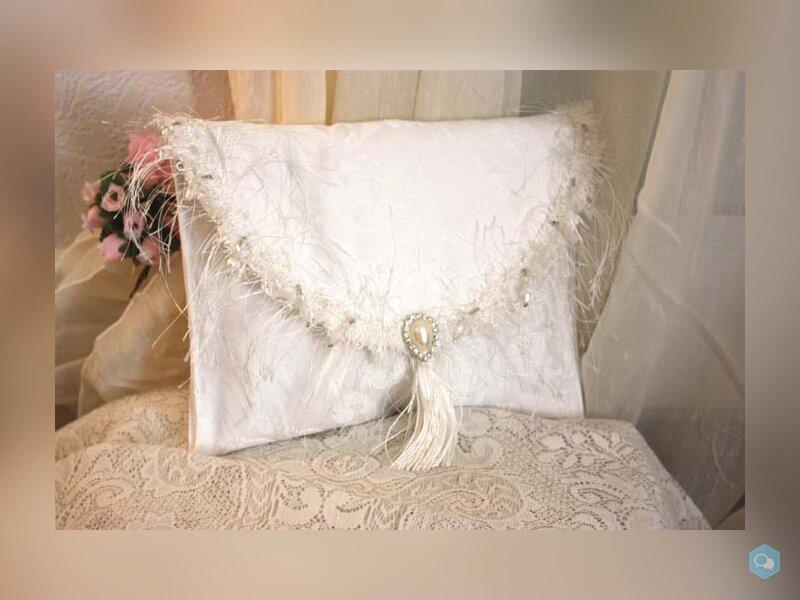 pochette blanche , pochette mariée , satin damassé 1
