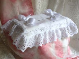housse boite volant broderie anglaise vintage