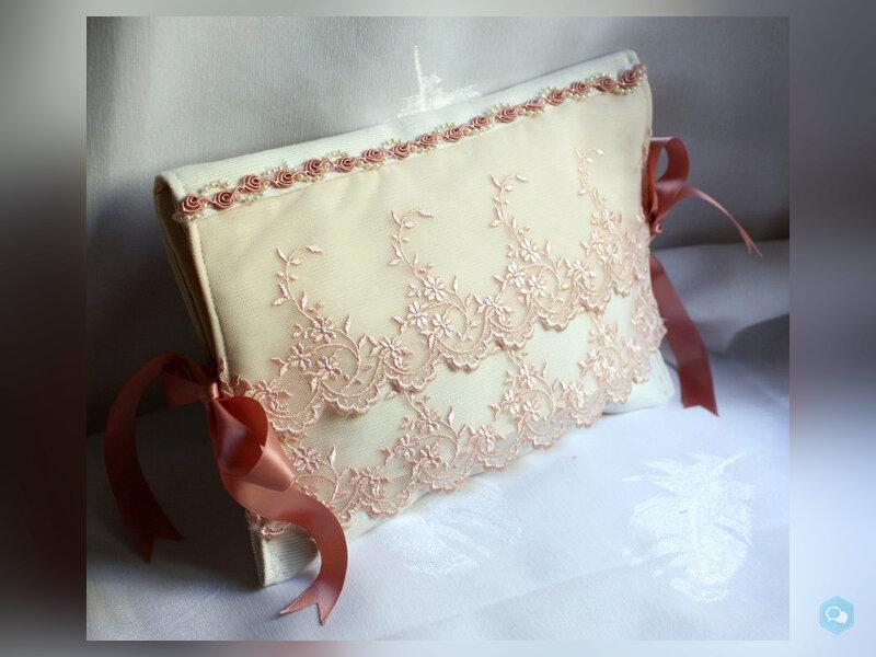 pochette a lingerie romantique ivoire tulle brodé  1