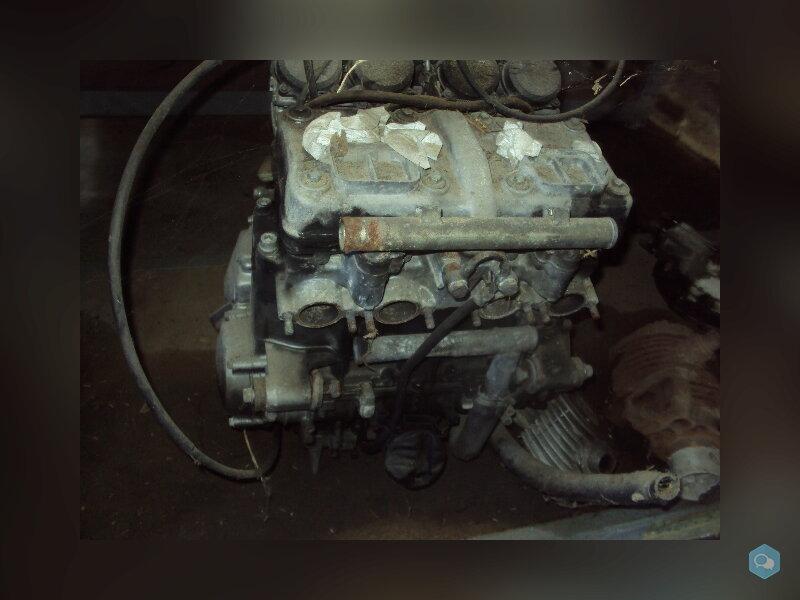 moteur de kawasaki 600 zzr 1