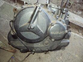 bas moteur de suzuki 800 dr modèle R403