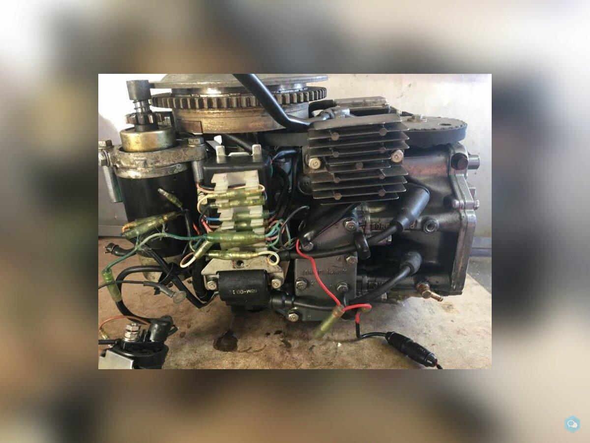 Blocco motore Yamaha 9,9-15 4T anno 82 in poi 200  2
