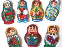 lot 7 patch thermocollant poupées russes anciennes 2