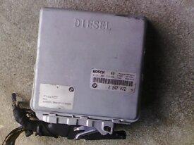 Calculateur BMW 525 tds e39 ref 2 247 072