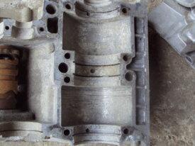 carters moteur a restaurer de yamaha TR3 / TZ