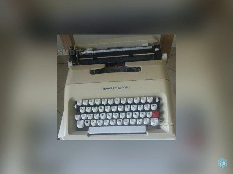 Macchina da scrivere Olivetti Lettera 35 1