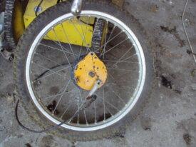 roue avant de suzuki 370 SP