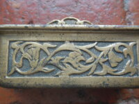 Ancien cendrier pivotant en bronze pour automobile 1