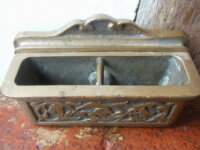 Ancien cendrier pivotant en bronze pour automobile 2