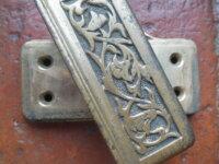 Ancien cendrier pivotant en bronze pour automobile 4