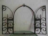 Ancienne grille en fer forgé forme ogive pour nich 2