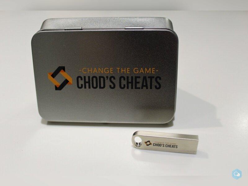 Une clé USB pour cheat ?! (USB Starter Gift Set) 2