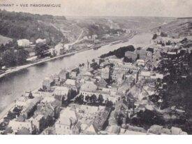 dinant-cpa-vue panoramique - circulée en 1921
