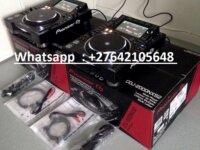 2x Pioneer CDJ-2000NXS2 +  1x DJM-900NXS2 mixer  2