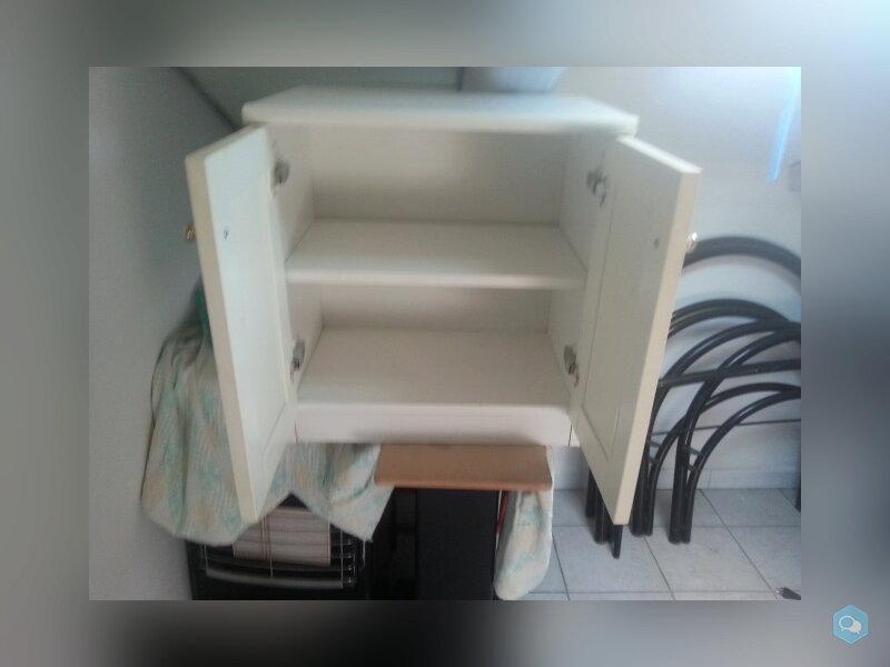 Mobiletto da bagno  2