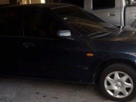 Se vende Mazda Allegro totalmente funcional. 2003