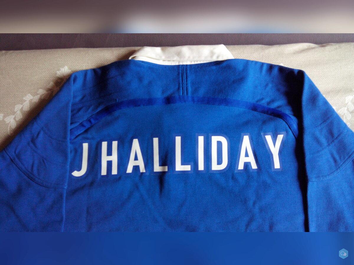 Dédicace sur maillot Johnny Hallyday 1